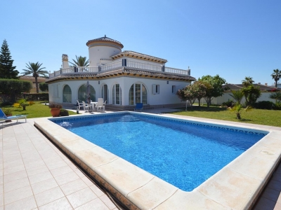 ​Taxes and fees for any property buyer in Spain to keep in mind